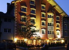 Hotel Goldener Adler - Chiusa/Klausen - Building