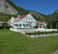 The White Mountain Hotel & Resort