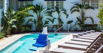 Oceanside Hotel - Bãi biển Miami - Bể bơi