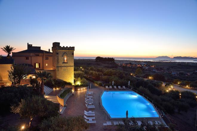 Baglio Oneto Dei Principi DI San Lorenzo - Luxury Wine Resort - Marsala - Uima-allas