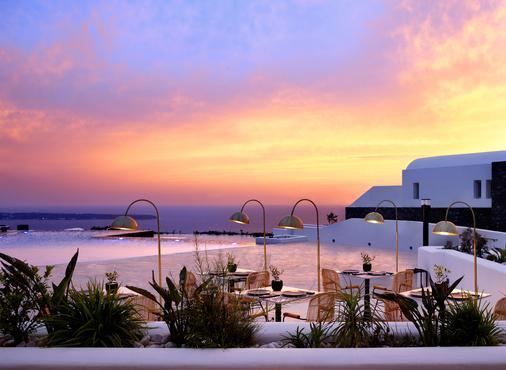 桑托瑪里斯歐亞豪華套房酒店 - 聖托里尼 - 伊亞 - 海灘
