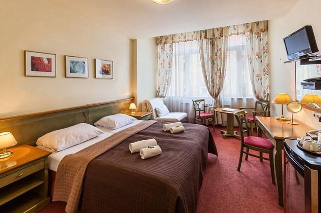 Hotel Augustus et Otto - Praha - Makuuhuone