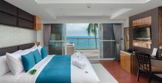 Royal Beach Boutique Resort And Spa - Ko Samui - Bedroom