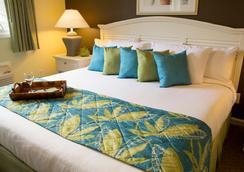 Plantation Resort - Surfside Beach - Bedroom