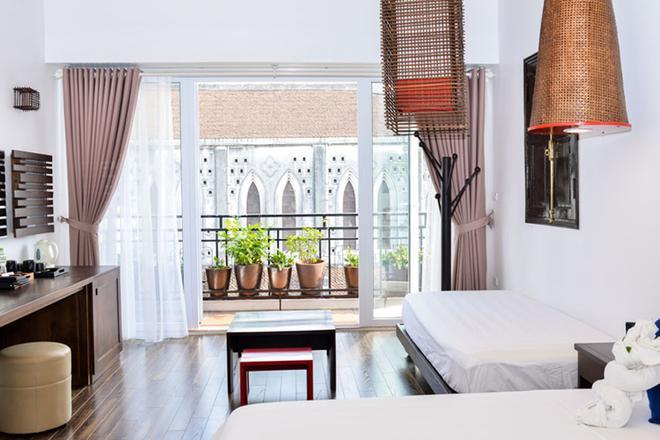 Cinnamon Cathedral Hotel - Hanoi - Balcony
