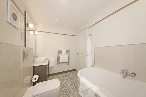 奧本加里東酒店 - 奧班 - 奧本 - 浴室