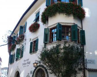 Weißes Rössl - Appiano sulla Strada del Vino - Building