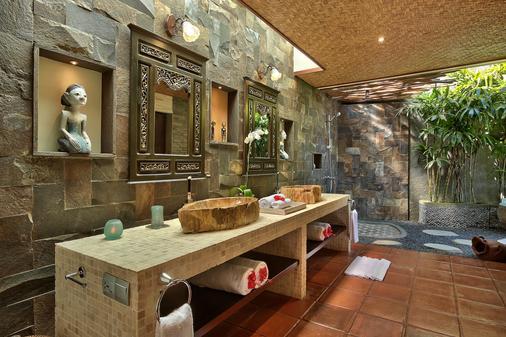 隱密山丘別墅 - 佩卡圖 - 烏魯瓦圖 - 浴室