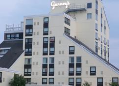 Gurney's Newport Resort & Marina - Newport - Building