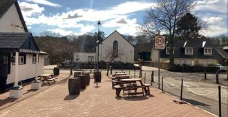 THE SORN INN - Mauchline - Outdoor view