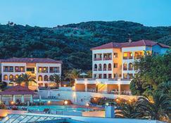 Xenios Theoxenia Hotel - Ouranoupoli - Gebäude