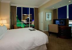 Jet Luxury Resorts @ The Signature Condo Hotel - Las Vegas - Bedroom