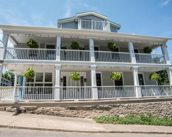 South Landing Inn - Niagara-on-the-Lake