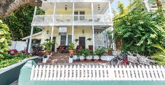 Wicker Guesthouse - Key West - Κτίριο