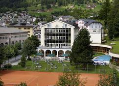 Thermalhotels & Walliser Alpentherme Spa - Leukerbad - Bâtiment