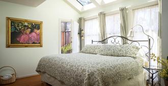 Cabernet House, An Old World Inn - Napa - Κρεβατοκάμαρα