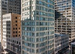 Staypineapple, An Iconic Hotel, The Loop - Chicago - Building