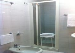 Bert Hotel - Sesto San Giovanni - Kylpyhuone