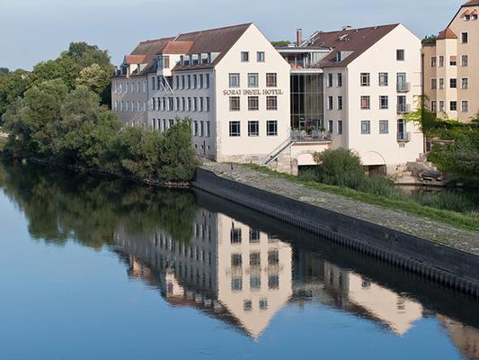 Sorat Insel-Hotel Regensburg - Regensburg - Rakennus
