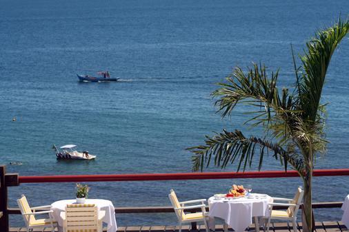 Hotel El Cazar - Búzios - Parveke