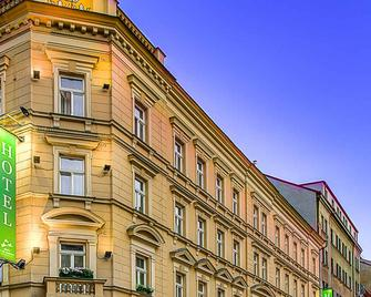 Three Crowns Hotel Prague - Прага - Building