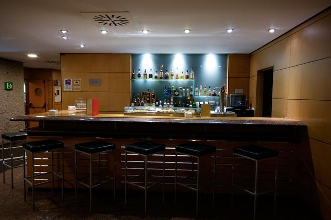 Silken Puerta Madrid - Madrid - Bar