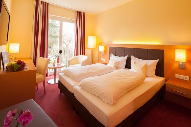 Moin Hotel Cuxhaven - Cuxhaven - Bedroom