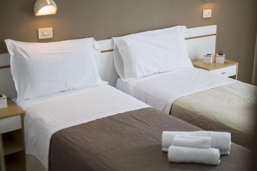 Hotel Adria Mare - Rimini - Makuuhuone