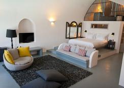 Ambassador Aegean 豪華套房酒店 - 聖托里尼 - 阿克羅蒂里 - 臥室