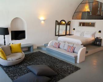 Ambassador Aegean Luxury Hotel and Suites - Akrotiri - Slaapkamer