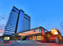 Radisson Blu Iveria Hotel, Tbilisi City Centre - Tbilisi - Building