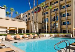 Courtyard by Marriott Laguna Hills Irvine Spectrum/Orange County - Laguna Hills - Pool