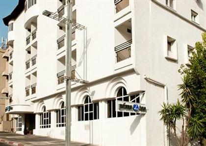 Prima Too Hotel - Tiberias - Building
