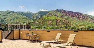 Glenwood Springs Inn - Glenwood Springs - Balcony