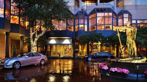 Windsor Court Hotel - New Orleans - Building