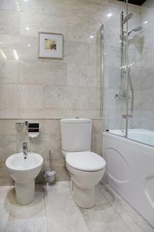 Martin Hotel - Pietari - Kylpyhuone
