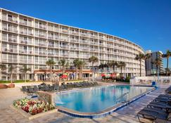 Holiday Inn Resort Daytona Beach Oceanfront - Daytona Beach - Piscina