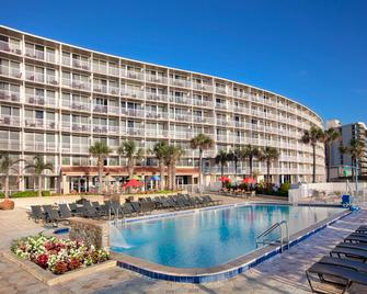 Holiday Inn Resort Daytona Beach Oceanfront - Daytona Beach - Pool