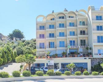 Hotel Oasis - Santi Quaranta - Edificio