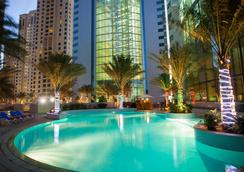 Ja Oasis Beach Tower - Dubai - Pool