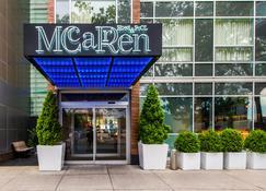 Mccarren Hotel & Pool - Brooklyn - Rakennus