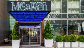 Mccarren Hotel & Pool - Brooklyn - Bâtiment