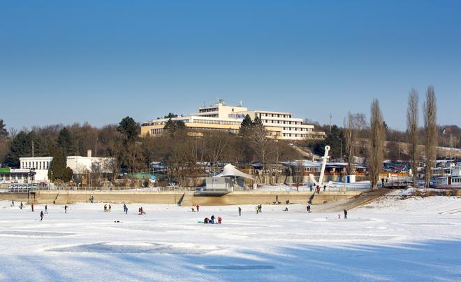 Orea Resort Santon - Brno - Building