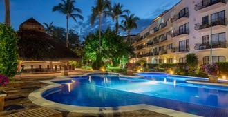 Flamingo Vallarta Hotel & Marina - Puerto Vallarta - Building