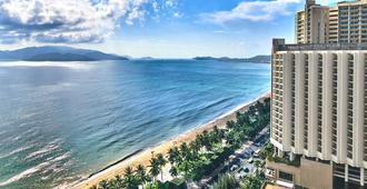 Sheraton Nha Trang Hotel & Spa - Nha Trang - Toà nhà