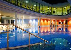 森托威塔酒店 - 柏林 - 柏林 - 游泳池