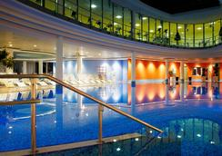 Centrovital Spa & Sports Hotel - Berlin - Bể bơi