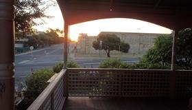 Hamptons Inn Bed & Breakfast - Fremantle - Balcony