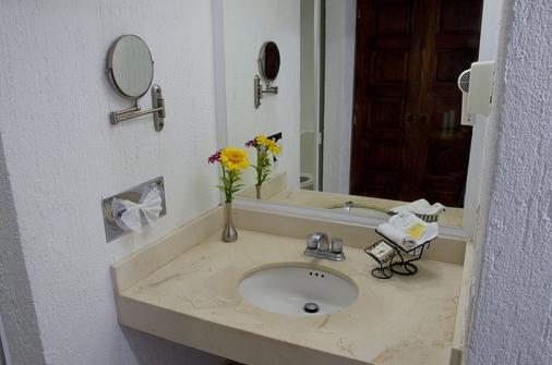 Villa Varadero - Nuevo Vallarta - Bathroom