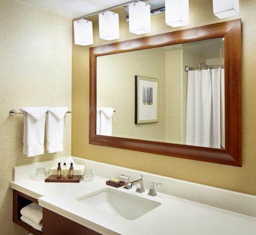 West Des Moines Marriott - West Des Moines - Bathroom
